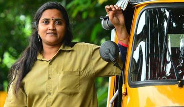 No-cinema-work-:-Actress-turn-as-Auto-Driver