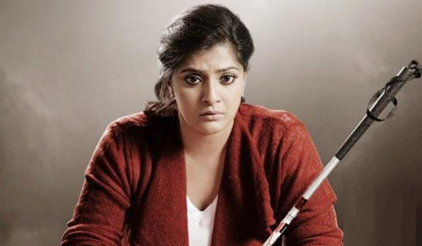 Foregery-case-filed-against-Varalakshmi-producer