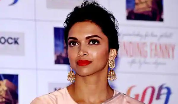 EX-Raw-officer-alleges-Deepika-padukone