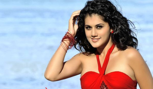 Taapsee-is-too-busy
