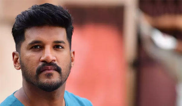 Vijay-yesudas-to-quit-singing-in-Malayalam-films