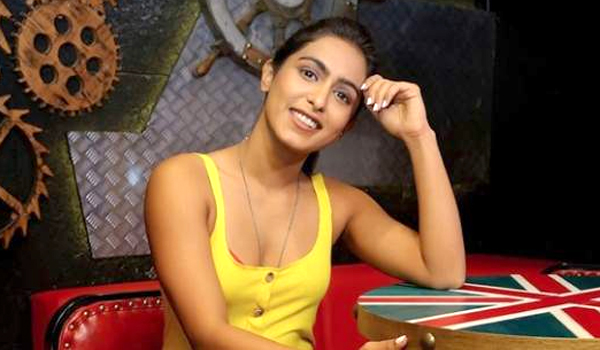 I-am-always-single-says-samyuktha-hegde