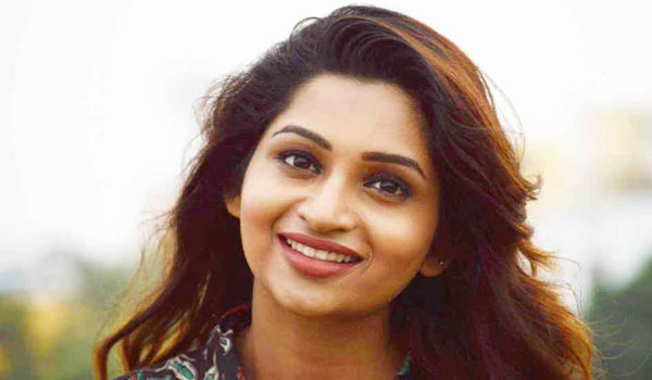 Nakshathra-speaks-about-women-menstruation