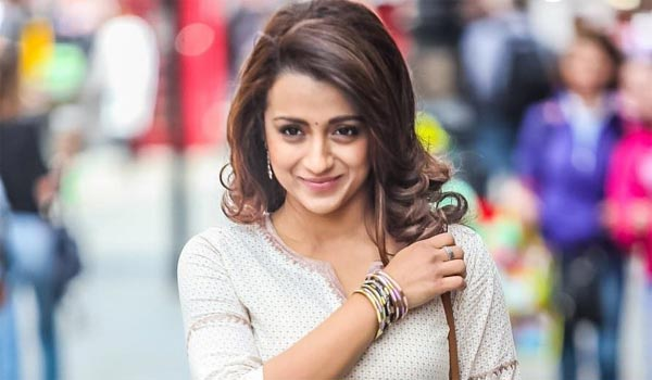 Only-love-marriage-says-Trisha