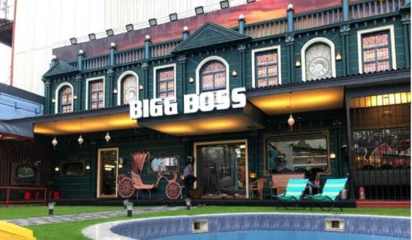 Bigg-Boss-4-house-flooded-and-contestants-moved-out