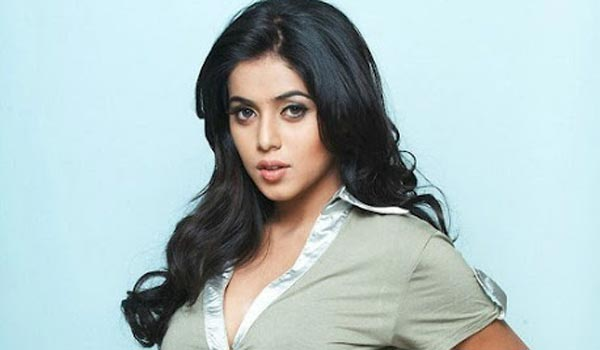 Poorna-acting-as-devil