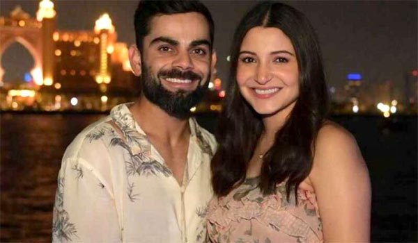 Girl-baby-to-Anushka-sharma---Virat-Kholi