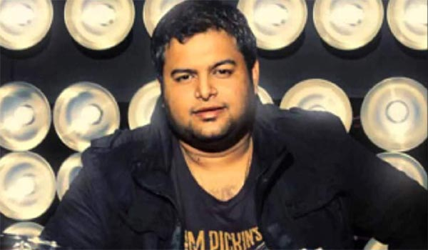 Music-Director-Thaman-angry