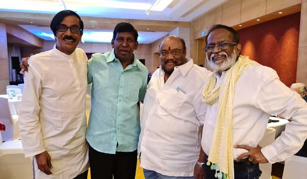 After-long-time-vadivelu-appear-in-public-function