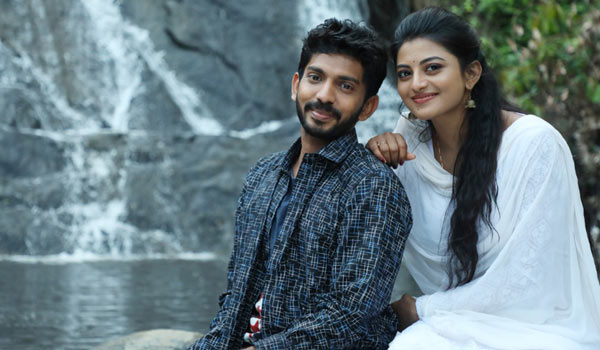 Anandhi-movie-titled-as-Nadhi