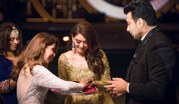 Hansika-brother-tie-knot