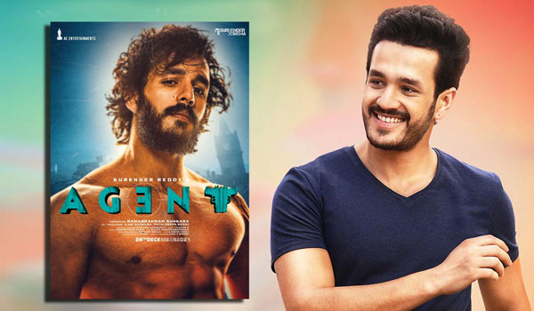Akhil-turn-as-6-pack-hero-for-an-Agent