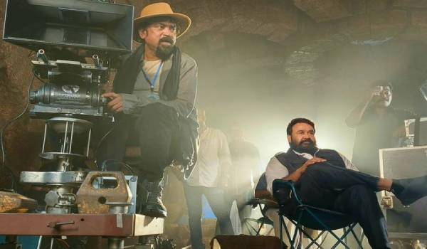 santhosh-shivan-give-a-update-of-mohanlal-baros