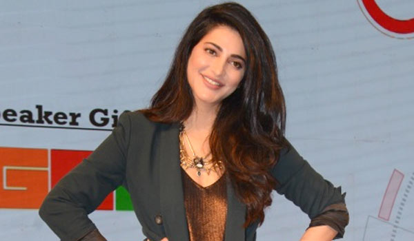 I-am-also-trying-to-pay-my-EMI-says-Shrutihaasan