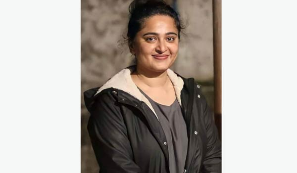 Anushka-weight-gain-picture-goes-viral