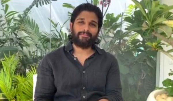 AlluArjun-vaccinates-his-staff-and-their-family-members