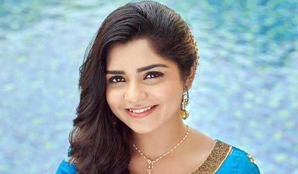 Gouri-Kishan-shares-about-her-bad-school-experience-she-faced