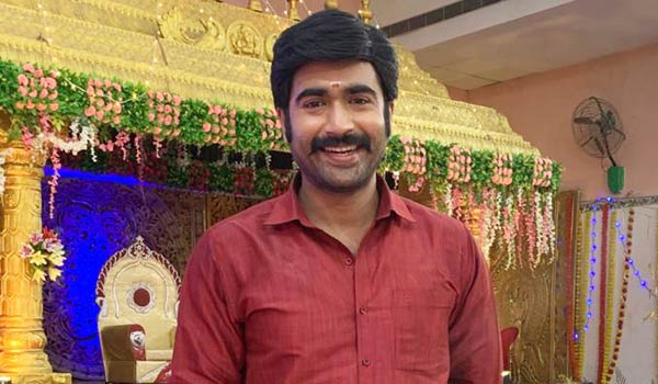 Cinema,-Television-both-are-my-two-eyes-says-Thamankumar