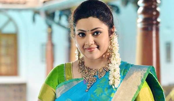 Meena-happy-about-completed-30-years-in-Cinema