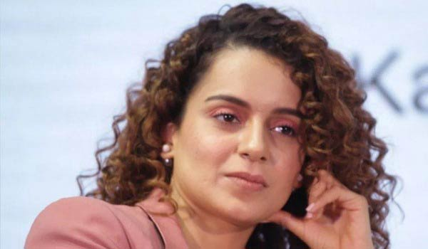 Kangana-feels-about-not-paying-Income-tax