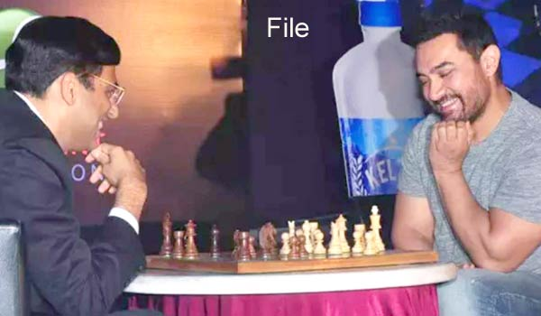 Aamir-khan-likes-to-act-in-Viswanathan-anand-biopic