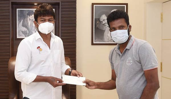 Suseenthiran-donated-Rs.5-lakhs-corona-relief-fund