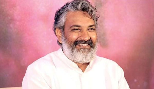 RRR-Promotional-song-:-Rajamouli-calls-his-previous-movie-heros