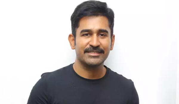 After-two-directors-removed,-finally-vijay-antony-takes-direction