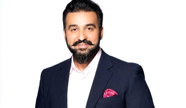 Two-actress-gave-statement-against-Rajkundra