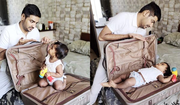 Sathish-fun-with-his-daughter
