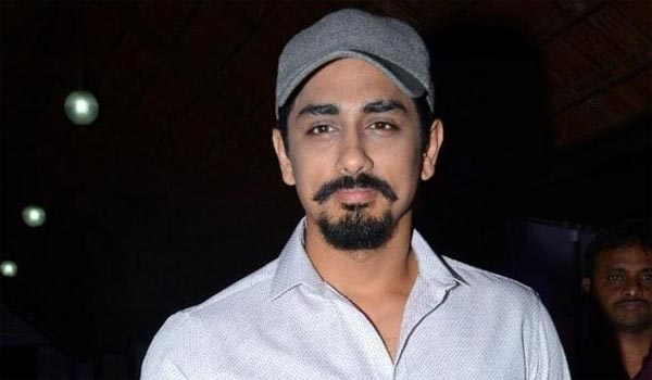Siddharth-went-to-London-for-surgery